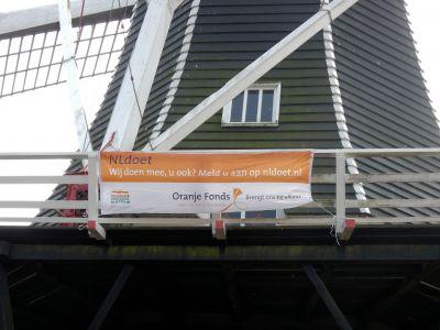 Dscn2021 fortuna met nl doet spandoek-detail