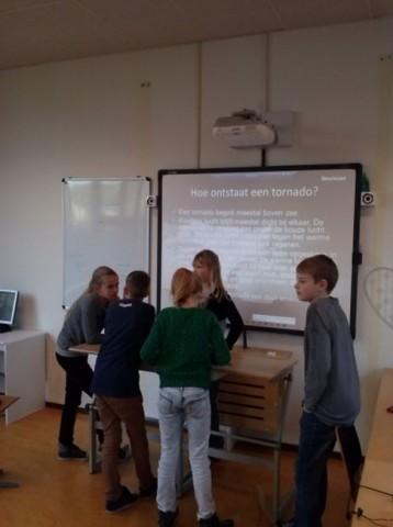 De borgh presentatie op school