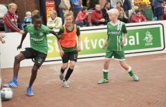 Straatvoetbal19