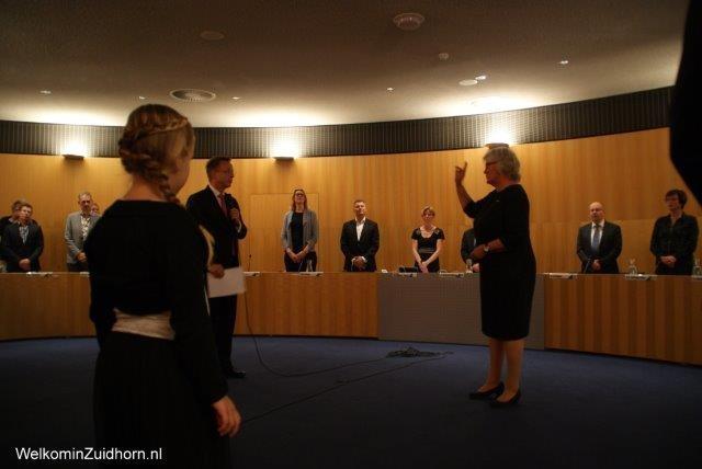 Greetje de Vries-Leggedoor geïnstalleerd als burgemeester Zuidhorn