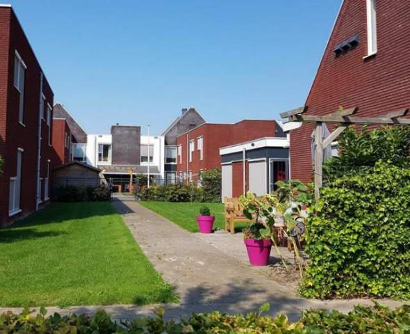 Zonnehuis woonhaven oostergast met besloten tuin