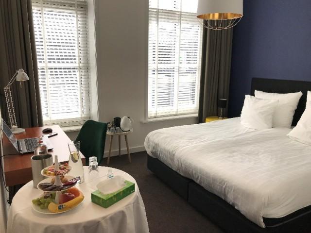 Holt hotelkamer