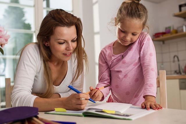 Moeder kind schrijven pixabay