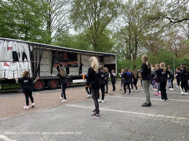 Dance area marathon (4)
