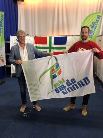 Overdracht vlag tocht om de noord hielke westra 190921