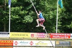 2012-fierljeppengrijpskerk (41)
