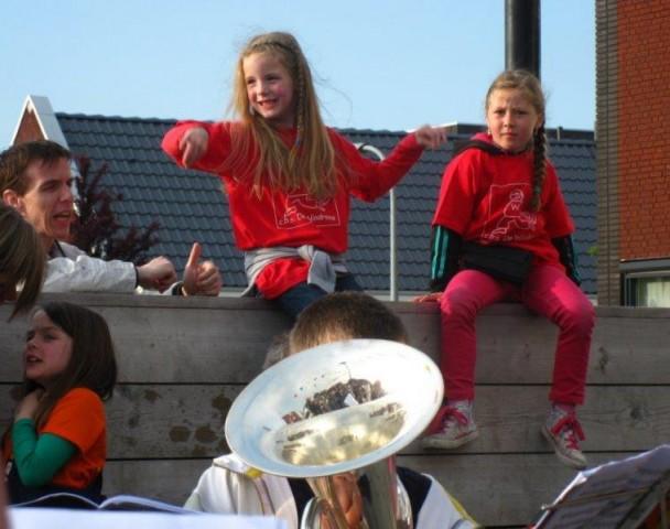 Avondvierdaagse anna en eric 2013 (12)